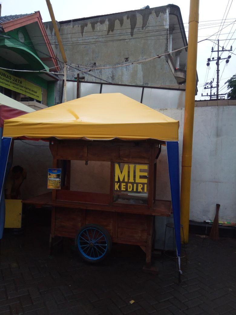 Tenda untuk jualan di Warung dan Kedai